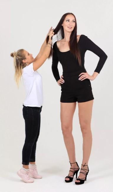 Названа девушка с самыми длинными во всей России ногами