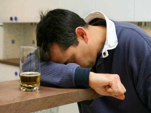Как быстро вывести алкоголь из организма, чтобы сесть за руль