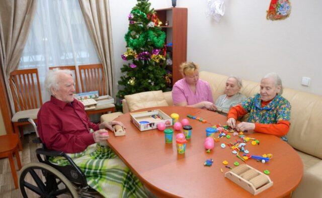 Какие услуги для проживающих доступны в доме престарелых «Уют Сервис» в городе Лиховицы